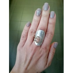 Δαχτυλίδι ασημί οβάλ με χρυσές βέργες
