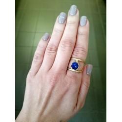 Δαχτυλίδι χρυσό με μπλε πέτρωμα